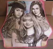 NEW Sketch Disney Descendants 2 Plush Throw Blanket Mal Evie Uma Movie Film SOFT