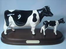 Beswick FRIESIAN Cow and Calf Figurine on Wooden Stand Plinth Gloss 1362 1249C
