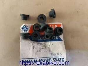silent-blocs pour Yamaha 125/175 DT