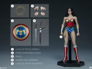 Wonder Woman Comics Figure 1/6 Scale Series - Wonder Woman Sideshow 100189