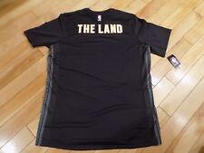Nike Mens Dri-FIT Short Sleeve Shirt Gray Size XL NBA Cleveland Cavaliers  AH5952 869e17736