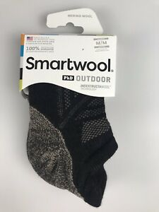 SMARTWOOL PhD OUTDOOR Micro No-Show Socks Medium (Men 6-8.5 Women 7-9.5) - Black