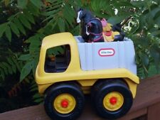 "Little Tikes 10"" Truck w/ Horses USA"