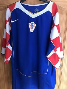 Croatia 2004 2005 Away Retro Football Shirt