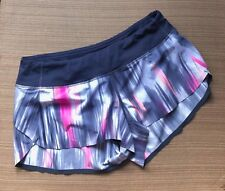 Lululemon Speed Shorts Printed *Naked Seam Size 6 - Authentic and Pre-loved
