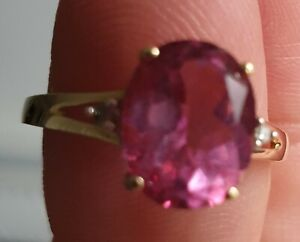 9ct gold pink sapphire ring