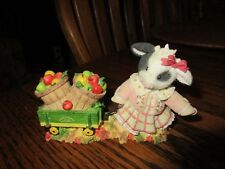 Mary's Moo Moos John Deere ~ Bringing Bushels of Goodness to Moo ~ Figurine