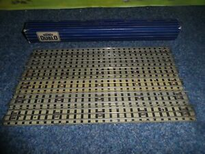 BOX OF 6 HORNBY DUBLO OO GAUGE 3 RAIL FULL STRAIGHT TRACKS WITH SQUARE CONNECTOR
