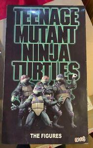 NECA Teenage Mutant Ninja Turtles Set of 4 1990 TMNT VHS SDCC 2018 exclusive