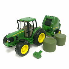 Ertl: John Deere Big Farm Tractor with Hay Baler 1/16 Scale Model - Green (46180)