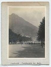 C443 Photo vintage original Cauterets l'esplanade des oeufs pyrennee foule