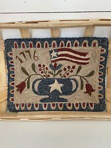 """Primitive Folk Art Punch Needle Mat ~""""Patriotic Floral""""~The Old Tattered Flag"""