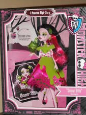 NIB Monster High Scary Tale Story DOLL Draculara SnowBite Everafter poison apple