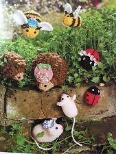 KNITTING PATTERN Jean Greenhowe Mamas and Babes Toy Hedgehog Bee Ladybird RARE