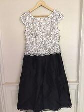 Alex Evening Petite Woman's Black White Illusion Lace Cap Sleeve Dress Size 6P