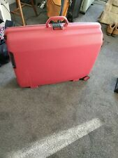 Samsonite Vintage Hard shell Suitcase in Wine Red Combination Lock