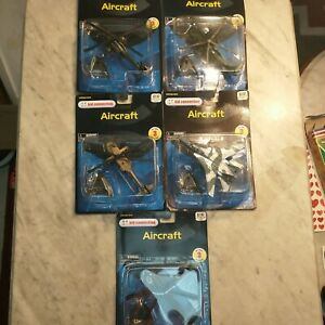 Maisto Kid connection Aircraft #15061-1601 lot of 5
