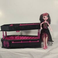 Monster High Coffin Bed Box Draculaura Doll *Incomplete*