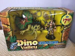 Dino Valley Dilophosorus Dinosaurs Playset Brand New