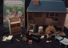 Sylvanian Families Negozio di giocattoli con figure DVD E ACCESSORI
