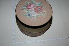 Vintage Sewing Kit Tin, Great piece, great condition