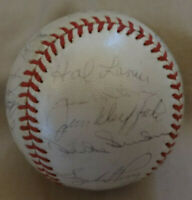 1964 San Francisco Giants Team Signed Baseball DUKE SNIDER CEPEDA MARICHAL MAYS