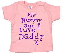 "Daddy Baby T-Shirt ""My Mummy & I Love Daddy"" Boy Girl Birthday Christmas Gift"