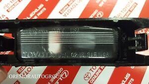 TOYOTA OEM License Plate Light Lamp Lens Right 8127102051