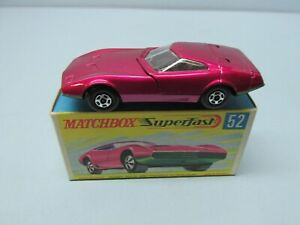 MATCHBOX Superfast 52A Dodge Charger MK-3 Pale Red / Green Base