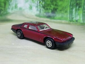 Jaguar XJ-S V12 Diecast Model Car Maisto  - Very Good Condition