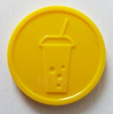 More details for plastic soft drink tokens yellow embossed - bag of 100 - bar party event fete