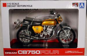 Honda CB 750 Four Candy Gold Fertigmodell 1:12 Aoshima 104309