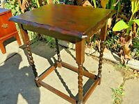 Outstanding Antique Barley Twist Lamp Side End Table with Scalloped Edges