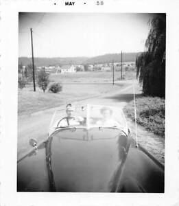 FANTASTIC LONG HOOD SHOT DRIVING CONVERTIBLE CAR MAN WOMAN VTG FOUND PHOTO 395