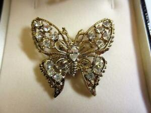 VINTAGE 1980's GOLD GILDED & PASTE DIAMOND BUTTERFLY BROOCH, PIN!