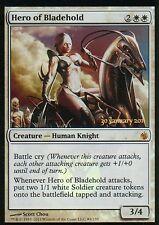 HERO OF BLADEHOLD FOIL | NM | prima della release Promos | Magic MTG