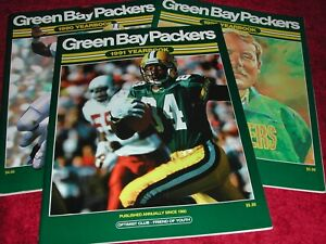 Lot 3 Green Bay Packers NFL Team Yearbooks 1991, 1990, 1992  EM/NM
