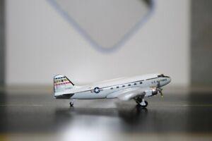 Aeroclassics 1:400 USAF Douglas DC-3 C-47 76671 (ACMC002) Die-Cast Model Plane