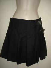 BURBERRY London Black Pleated Wool Twill Kilt Mini Skirt w Kilt Pin Size 4 EUC