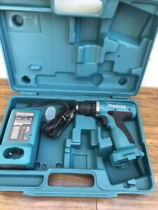 """Makita 6260D 9.6V  3/8"""" Cordless Drill / Drive Tool, Battery Charger And Case"""