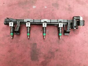 2007 Ford Focus Mk2 1.6 Petrol Fuel Injector Common Rail.