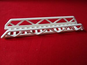 LEGO PART 11299 WHITE 16 x 3.5 LADDER WITH SIDE SUPPORTS x 1