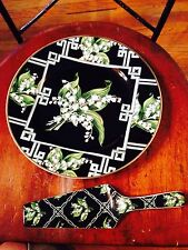Lily of the Valley cake plate and server Andrea by Sadak Minty