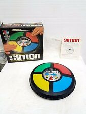Vintage Simon electronic game with box works