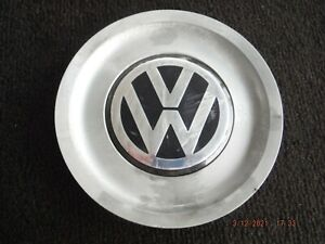 99 - 11 VW Volkswagen Passat Golf wheel center cap 1J0 601 149 B