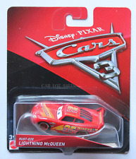 DISNEY PIXAR CARS 3 RUST EZE LIGHTNING MCQUEEN WITH COLOR STRIPED WHEELS 2017