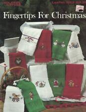 Leisure Arts 593 FINGERTIPS FOR CHRISTMAS Fingertip Towel Designs Leaflet
