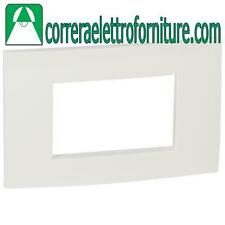LEGRAND VELA placca quadra 3 moduli bianco lucido 685641