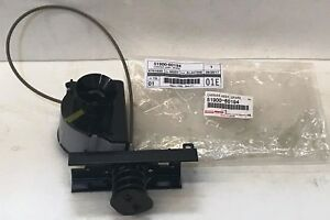 TOYOTA OEM FACTORY SPARE TIRE CARRIER 1998-2007 LAND CRUISER