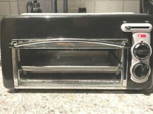 Hamilton Beach Toastation 2-Slice Toaster Oven Black & Silver 22708